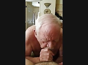 Amateur (Gay);Bear (Gay);Blowjob (Gay);Daddy (Gay);Handjob (Gay);Old+Young (Gay);Couple (Gay) Getting Head