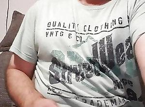 Blowjob (Gay);Bukkake (Gay);Cum Tribute (Gay);Gaping (Gay);Handjob (Gay);Masturbation (Gay);Small Cock (Gay);Spanking (Gay);HD Videos Bein Wichsen