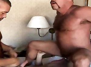 Bear (Gay);Big Cock (Gay);Blowjob (Gay);Daddy (Gay);Anal (Gay) Off Track (O4M)