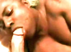 Gay,Gay Blowjob,Gay Black,Gay Interracial sex,Gay Amateur,Gay Daddy,daddy,amateur,short hair,american,gay,men,black,interracial,blowjob,gay porn Big And Beefy...