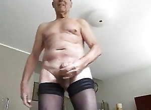 Crossdresser (Gay) Nylons