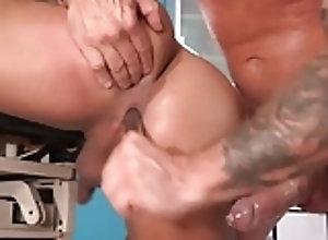 Daddies (Gay);Hunks (Gay);Muscle (Gay);HD Gays Hunk Doctor 1
