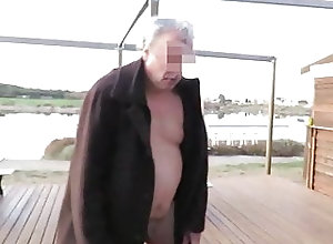 Amateur (Gay);BDSM (Gay);Fat (Gay);Outdoor (Gay);Small Cock (Gay) Un dom humilie la...