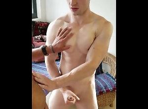 amateursdoit;gym;fitness;six-pack;abdominal;hung-uncut;uncut-hung;australian-porn;australian-homemade;australian-amateur;gym-trainer;fitness-trainer;muscled-body;6-pac;abs;big-cock,Euro;Muscle;Big Dick;Gay;College;Amateur;Handjob;Jock;Casting Aussie Six Pack...