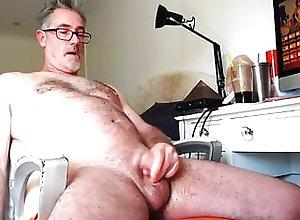 Amateur (Gay);Bear (Gay);Big Cock (Gay);Daddy (Gay);Masturbation (Gay);Webcam (Gay);HD Videos;British (Gay) UK Cock and Face...