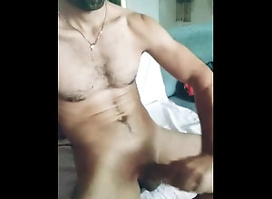 latin;big-cock;he-comes-hard;hot-body-guy;man-talking-dirty;sensual-jerk-off;speechless-orgasm;massive-dick;2-inch-thick-dildo;6-foot-tall-man;bearded-men;stud-wanking;amateur-milf;solo-male-cumshot;virgin-boy;home-alone,Latino;Muscle;Solo Male;Big Dick;Gay;Amateur;Handjob;Cumshot;Verified Amateurs Hablando sucio...