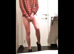sneakers;vans;lumber-shirt;ass;twink;long-legs;cum;balls;solo;masturbating;jerking,Cumshot;Fetish;Handjob;Masturbation;Teen (18+);Bisexual Male;College;Solo Male;Verified Amateurs;Vertical Video Teen twink shows...