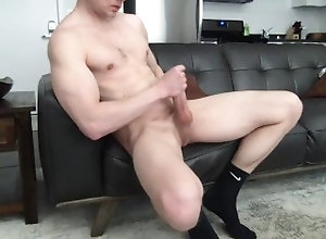 uncut-cock;socks;feet;muscular-guy;cum;college-jock,Muscle;Solo Male;Gay;Hunks;Straight Guys;Amateur;Feet Hunk guys in...