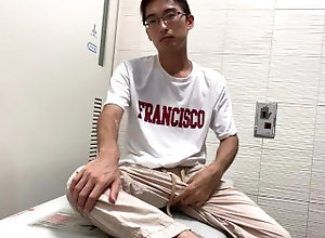 masturbation;japanese;日本人;cum;接写-オナニー;gay-uncensored;public;gay-hand-job;顔出し-オナニー;cumshot;射精;こじんさつえい;uncensored;むし-ゅうせい;gay-big-cock;japanese-abs,Bareback;Solo Male;Big Dick;Gay;Creampie;Public;Amateur;Handjob;Cumshot 男子学生 �...