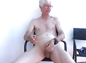 Amateur (Gay);Daddy (Gay);Handjob (Gay);Masturbation (Gay);HD Videos Bigears holiday...