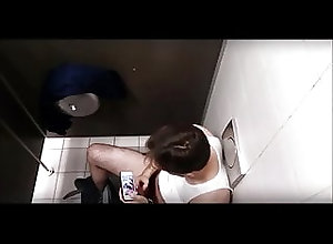 Amateur (Gay);Big Cock (Gay);Locker Room (Gay);Masturbation (Gay);Muscle (Gay);Voyeur (Gay);HD Videos Caught guy...